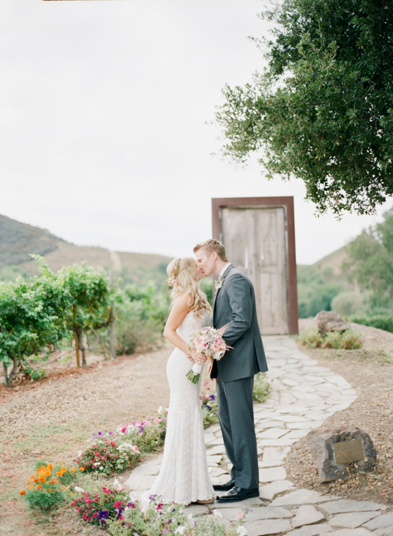 b-saddle-rock-ranch-wedding_07
