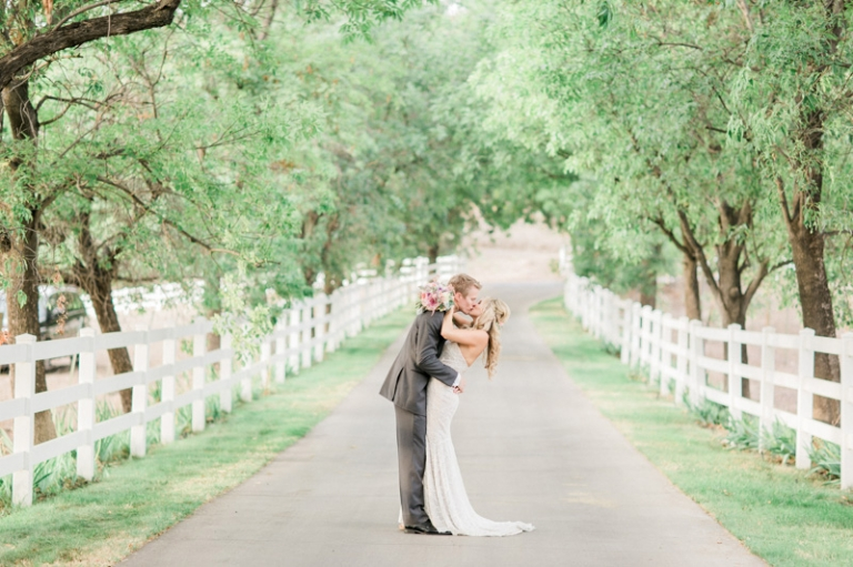 c-saddle-rock-ranch-wedding_03