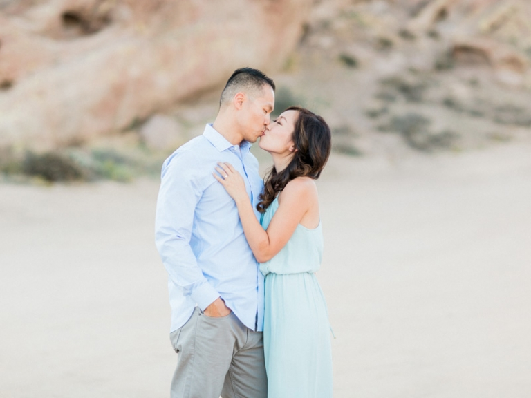 a-Vasquez-Rocks-engagement-session_07