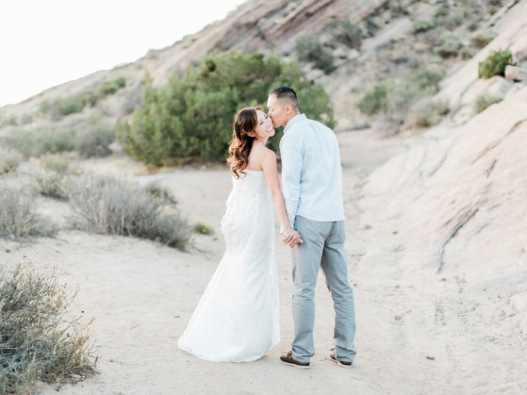 a-Vasquez-Rocks-engagement-session_10