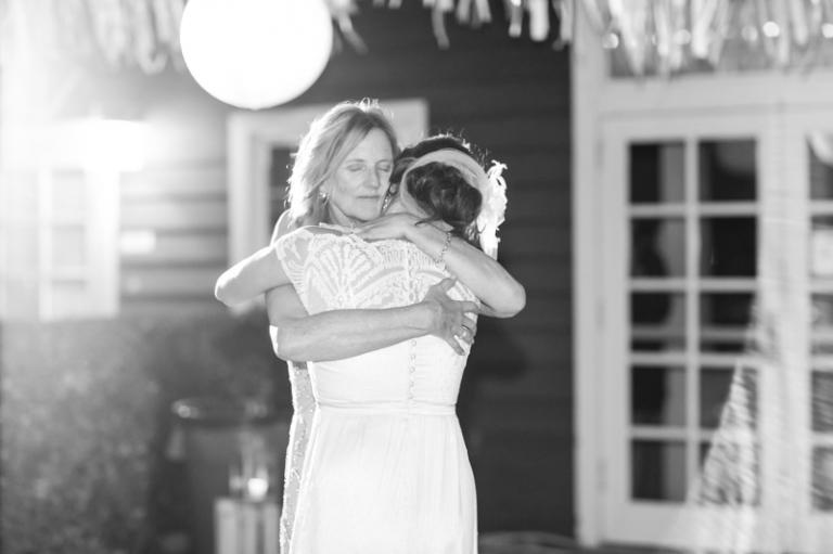 g-newland-barn-wedding_04