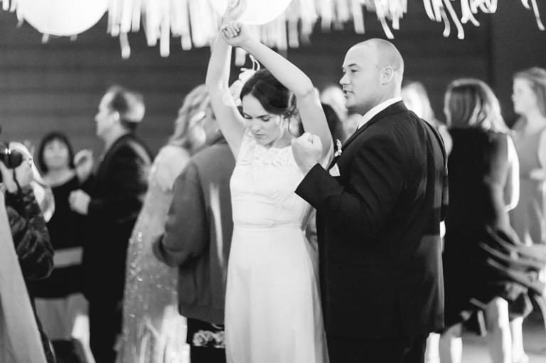 h-newland-barn-wedding_01