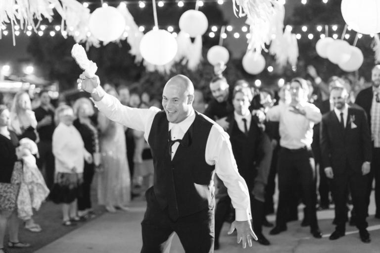 h-newland-barn-wedding_06