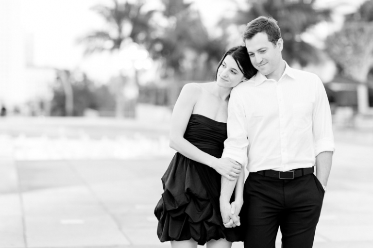 a-downtown-los-angeles-engagement-session_11