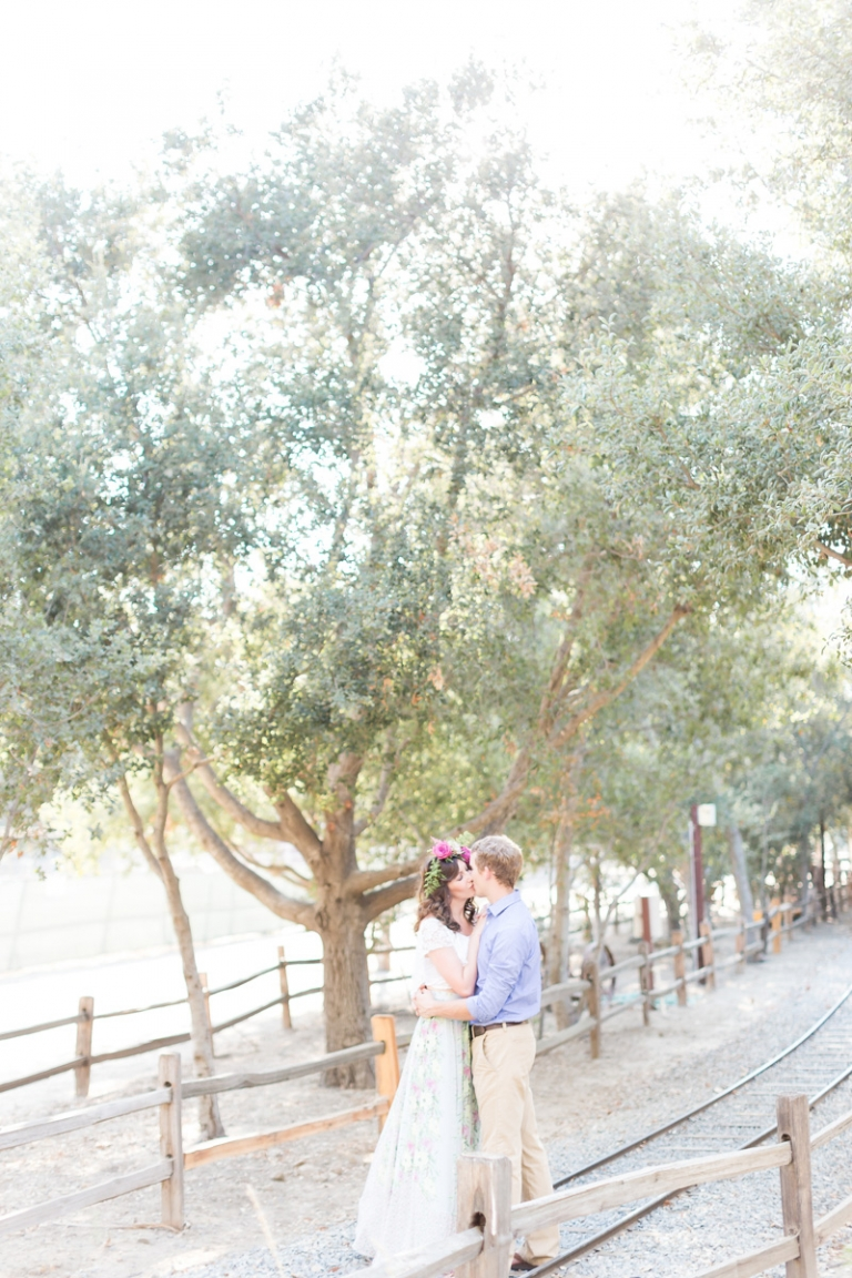 d-whimsical-engagement-session-southern-california_08