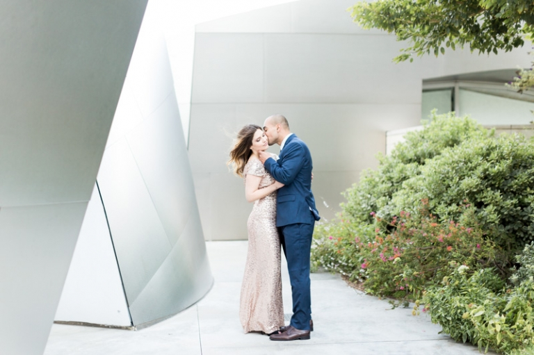 a-downtown-los-angeles-engagement-session_05