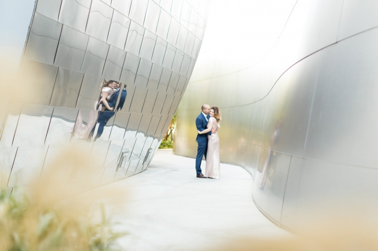 a-downtown-los-angeles-engagement-session_10