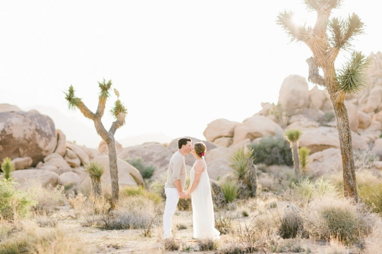 a-joshua-tree-engagement-photos_01