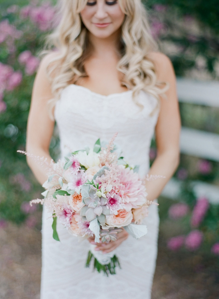 a-saddle-rock-ranch-wedding_01