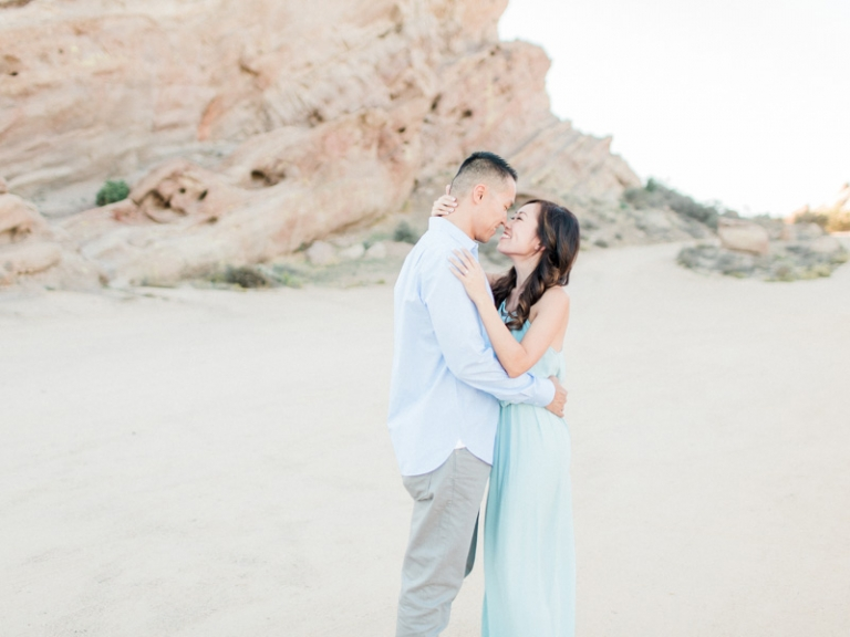 a-Vasquez-Rocks-engagement-session_04